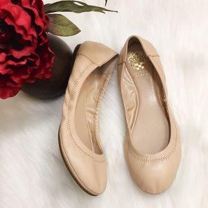 Vince Camuto 'Ellen' round toe ballet flats Sz 5